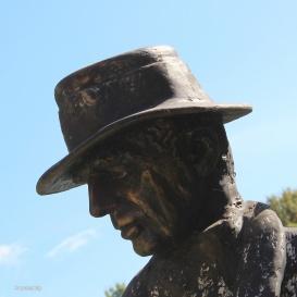 Gróf Széchenyi Zsigmond-szobor
