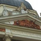 Pécsi Nemzeti Színház szobrai 1