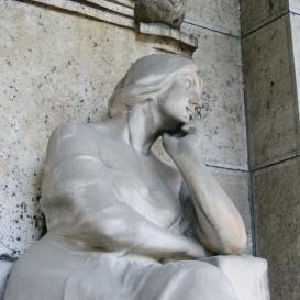 Heinrich család síremléke