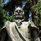 Nicolae Bălcescu szobra