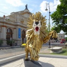 Ugró oroszlán