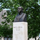 Dréta (János) Antal-szobor