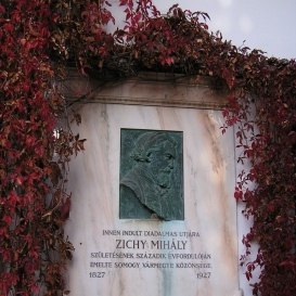 Zichy Mihály emléktáblája