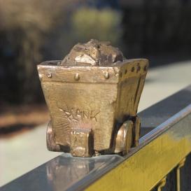 Az Újhegyi sétány meglepetés szobrai