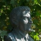 Erdei Ferenc mellszobra