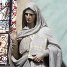 Szent Anna és Szent Jakab szobrai a főoltár mellett