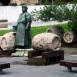Borárus-szoborkompozíció