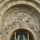 A Petit Palais nyugati homlokzatának szobrászati díszítése