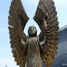A világosság és a sötétség angyala