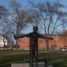 Váci Mihály szobra