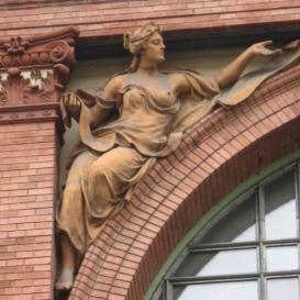 A Semmelweis Egyetem szobrai I.