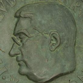 Huszár Lajos síremléke