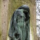 V. Faragó Bálint síremléke