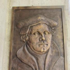 Luther Márton-emléktábla