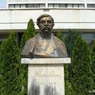 Deák Ferenc szobra