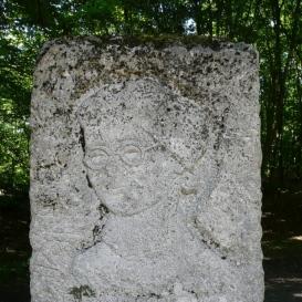 Braun Éva emlékmű