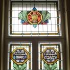 A Kálvin-terem oldalsó ablakai I.