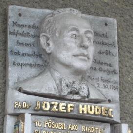 Jozef Hudec-emléktábla