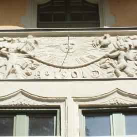 Napóra a Gschwindt-palotán