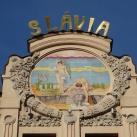 Slávia hotel kerámia díszítése