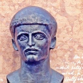 Juhász Ferenc síremléke