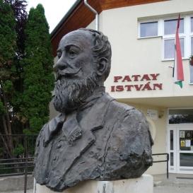 Patay István-mellszobor