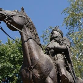 Bocskai István lovasszobra