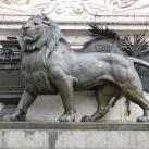 Az általános választójog szimbóluma a Köztársaság-emlékművön
