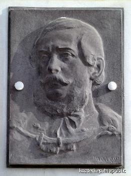 Kossuth Lajos domborműves emléktáblája