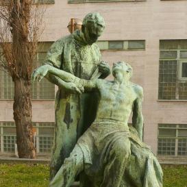 Gyógyítás-szobor