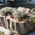 Illyés Gyula és Illyés Gyuláné Kozmutza Flóra síremléke