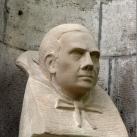 Lugosi Béla-mellszobor