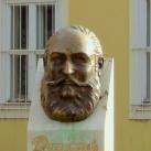 Damjanich János fejszobra