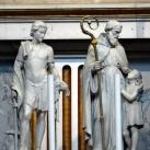 A főoltár szobrai