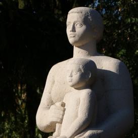 Anya gyermekkel