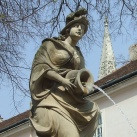 Korsós nő, nimfa