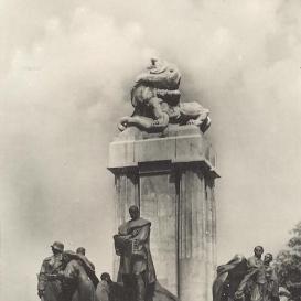 Gróf Tisza István emlékműve