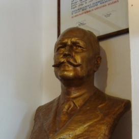 Zsitvay Tibor dr.