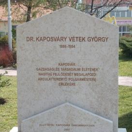 Dr. Kaposváry Vétek György-emlékmű