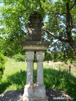 Erzsébet királyné-emlékoszlop