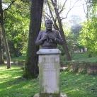 id. Szabó István