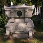 Csiky Gergely síremléke