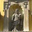 Pápai Kisboldogasszony ferences templom épületdíszei