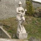 Nő mandolinnal