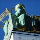 Steinhof temploma szobrai: Szent Leopold és Szent Severin