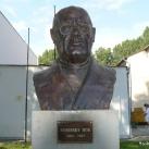 Wosinsky Mór mellszobra