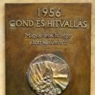 1956-os emléktábla