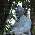 Cserháti Sándor mellszobra