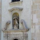 Ferences templom fülkeszobrai