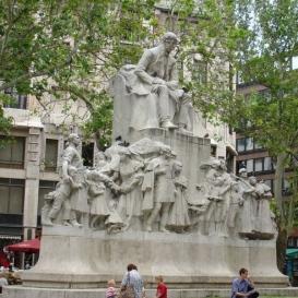 Vörösmarty Mihály-emlékmű